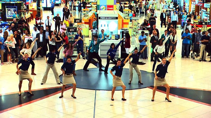 Flash Mob in Dubai Airport