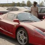 брошенный ferrari enzo в Дубае