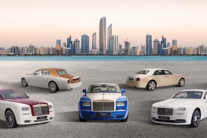 Как бесплатно прокатиться на Rolls Royce по Дубаю