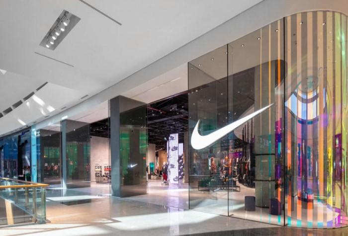 В Дубае открылся самый большой магазин Nike