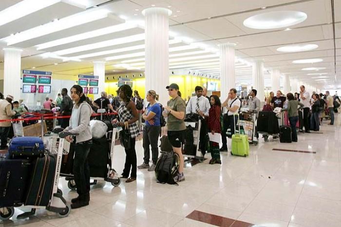Очереди на посадку в аэропорту Дубая